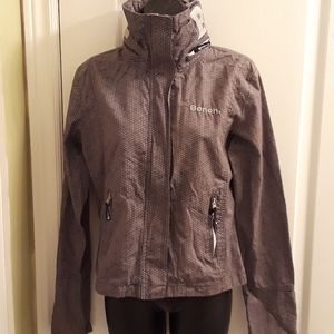 NWOT Bench light jacket with hood